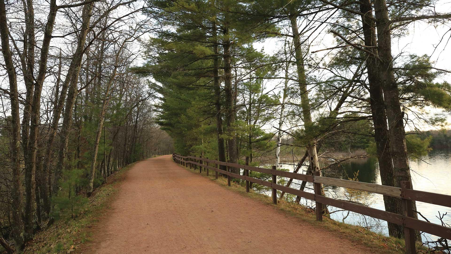 Bearskin State Trail near lake